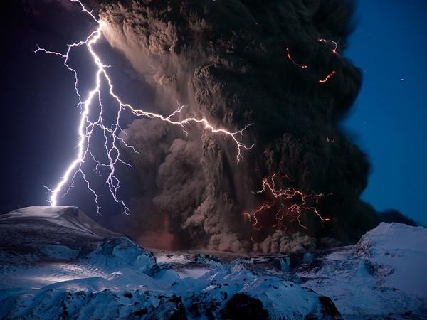 Volcanic Lightning in Iceland