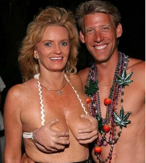 girl-with-great-bikini-4