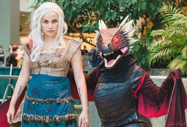 game-of-throne-cosplay-091215-1