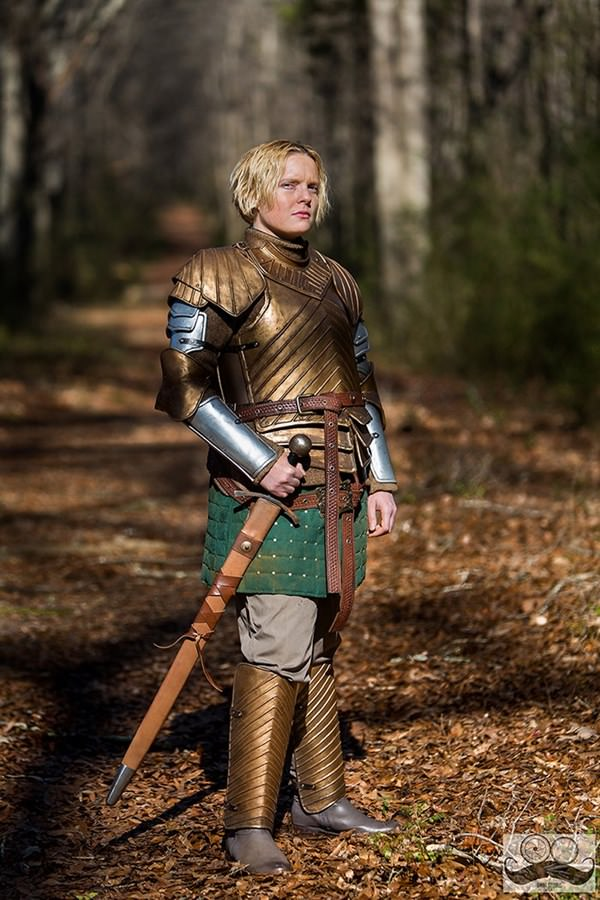game-of-throne-cosplay-091215-5
