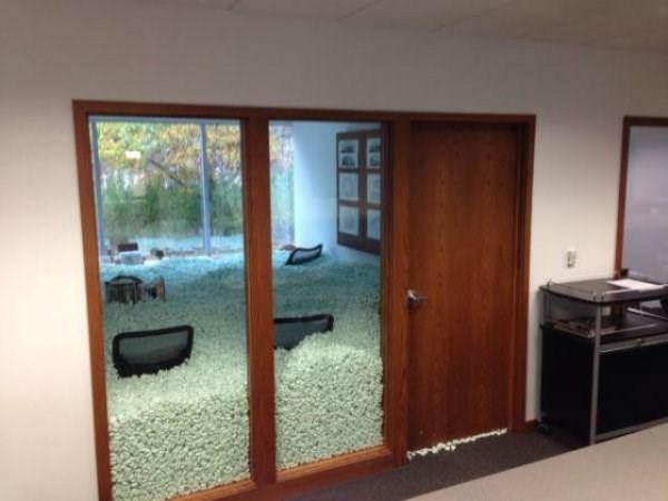 office-prank-100315-9