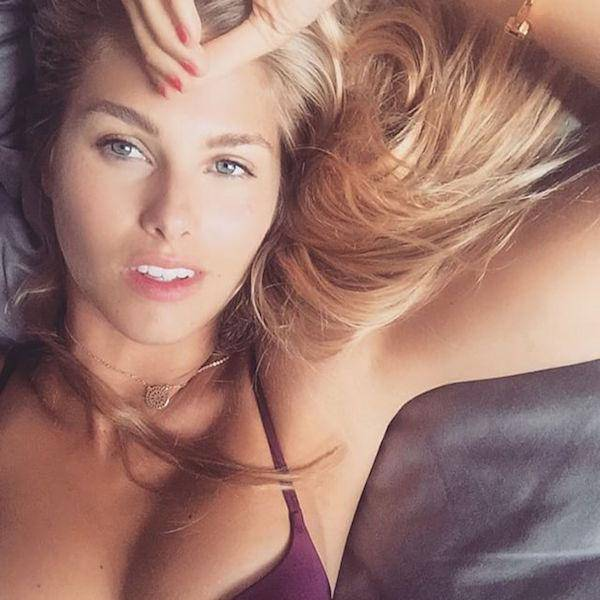 girl-on-bed-092015-19