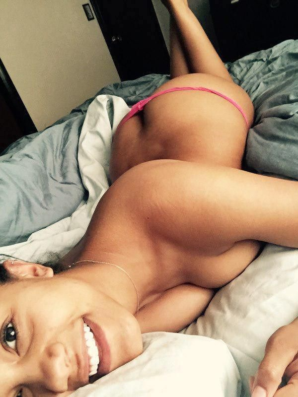girl-on-bed-092015-30