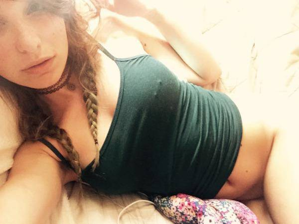 girl-on-bed-092015-40