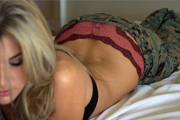 girl-on-bed-092015-6