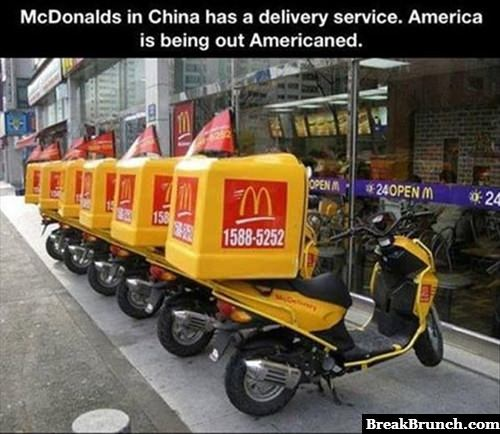 Mcdonald's in China has delivery service