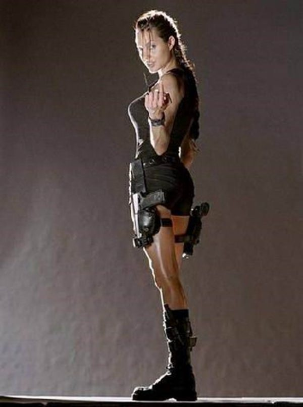 best-sexy-lara-craft-cosplay-21051008-13