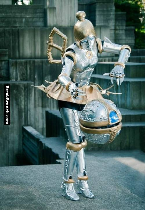 Orianna cosplay from League of Legends