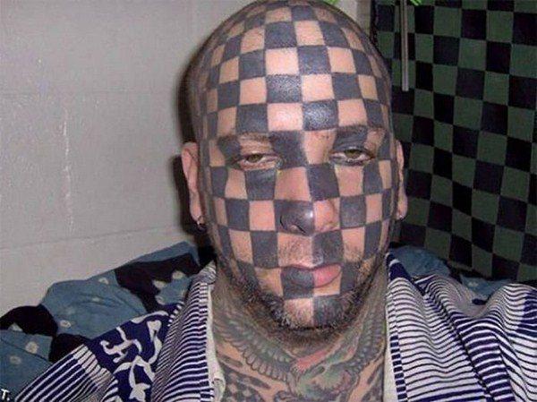 bad-tattoo-choice-20151225-2