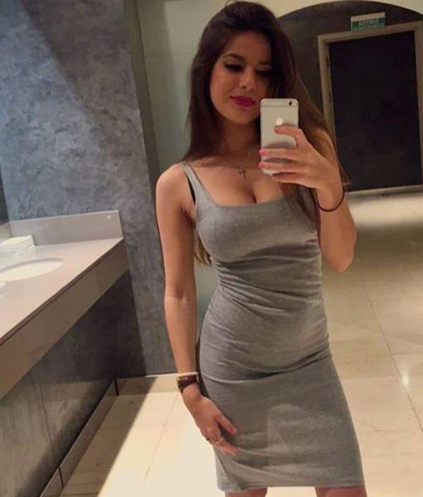 hot-girl-in-tight-dress-20151224-8