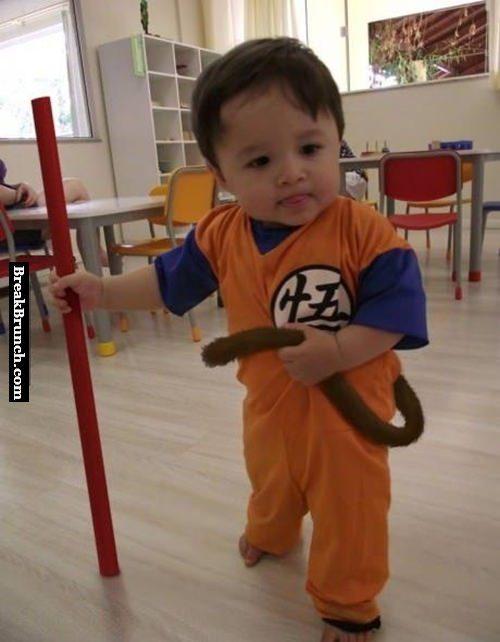 Cute Goku cosplay