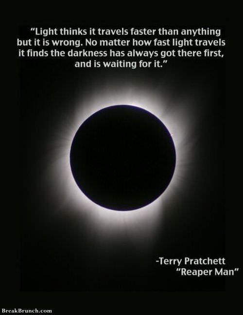 light-vs-darkness-0915181035