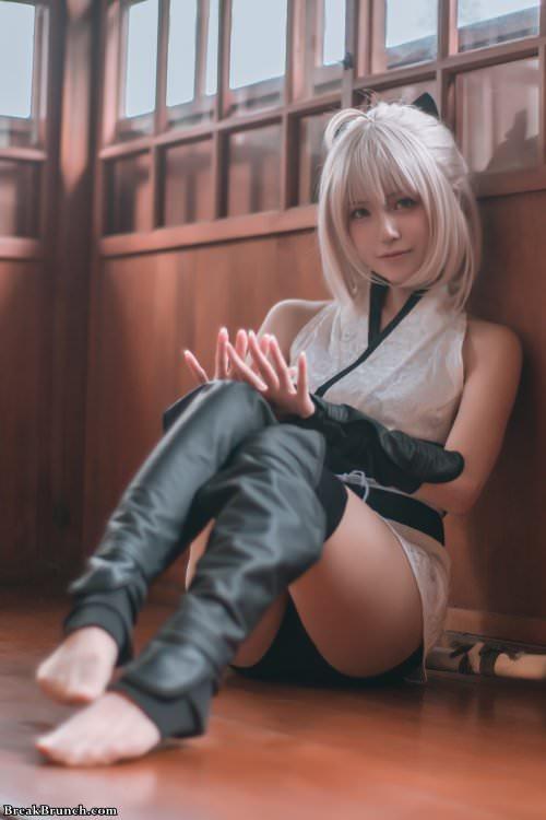 Okita Soji cosplay from Fate/Grand Order (10 pics)