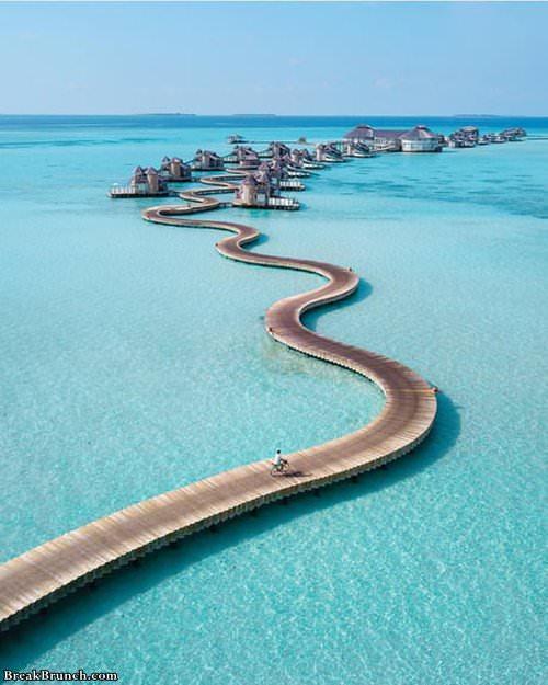 Maldives Water Villa Breakbrunch