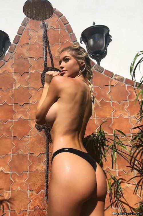 34 Hot Babes Getting Wet Breakbrunch