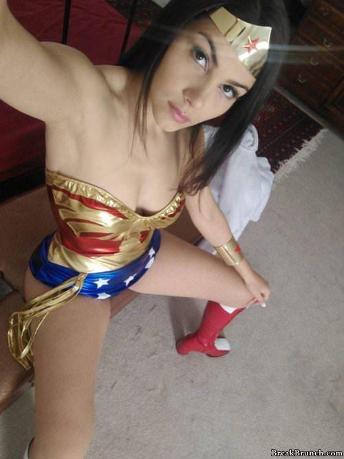 32 sexy cosplay pictures - BreakBrunch