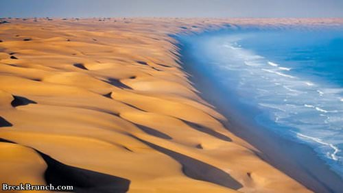 namib-desert-meets-atlantic-ocean-061519