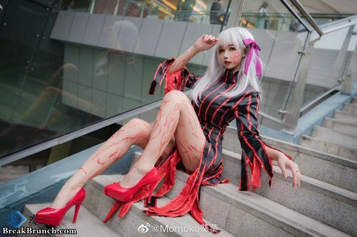 This cosplay is bring life to dark Sakura Matou from Fate/stay night  (9 pics)