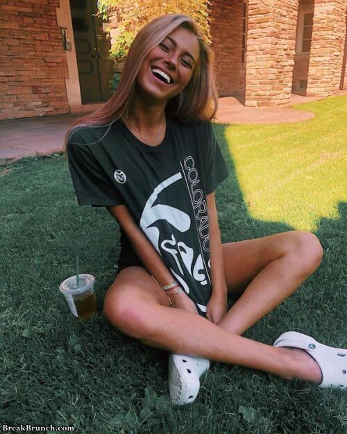 Girls with beautiful smiles (18 pics)
