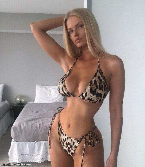 Bikini girl sexi 20 Hot Bikini Girls Breakbrunch