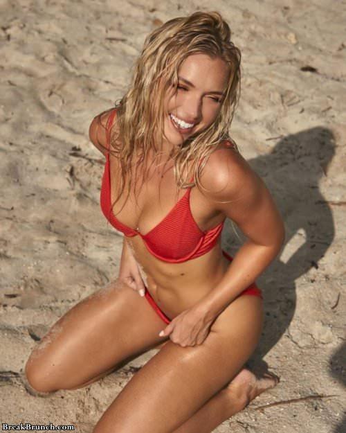busty-beach-girl-101619-6