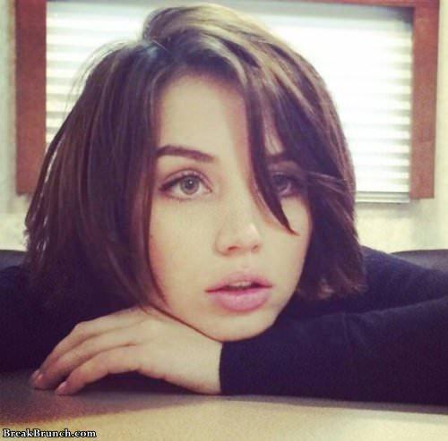 girl-with-beautifulk-eyes-101619-12