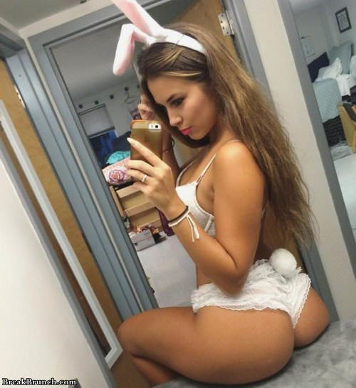 naughty-cute-girl-101619-3
