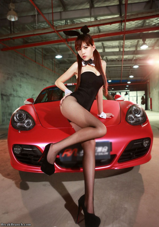 Another batch of sexy Asian car models (11 pics)