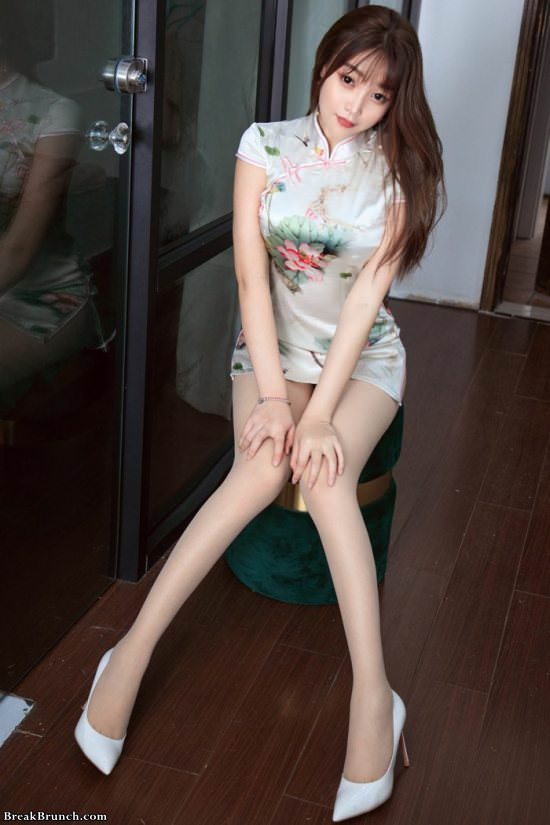 cute chinese girl pussy