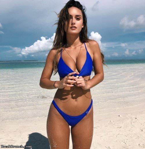 Wait for next bikini season (26 pics)