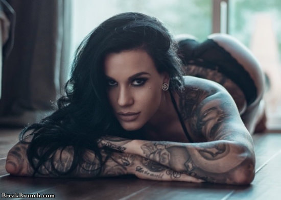 28 amazing tattoo girls