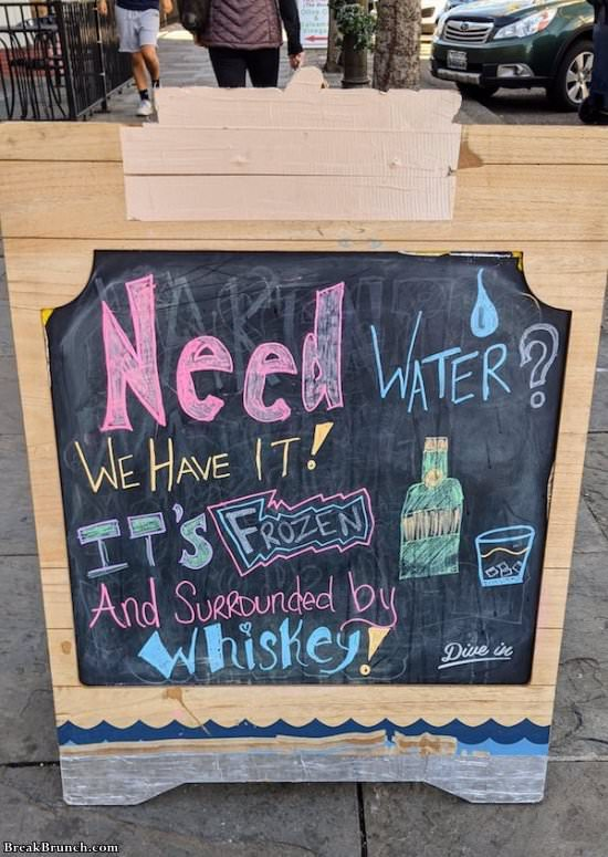 23 funny signs you have to see
