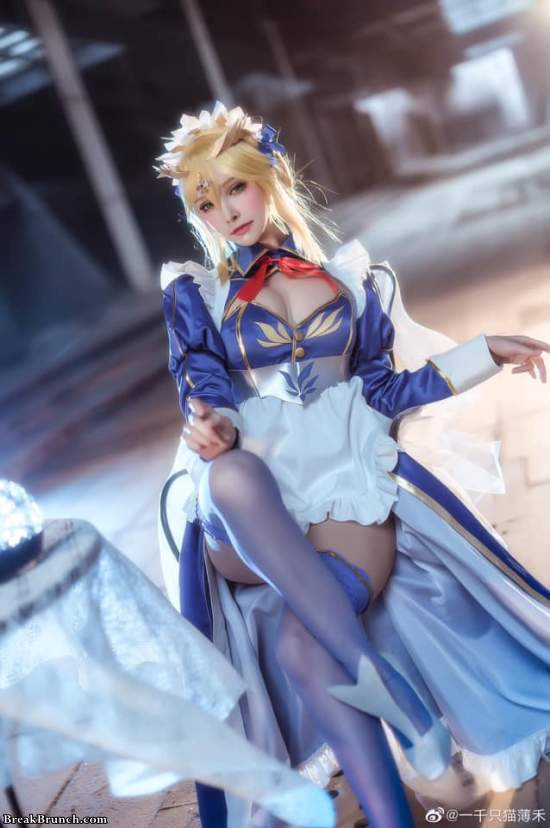 Fate/Grand Order Artoria Pendragon cosplay by YiQianZhiMaoBoHe (7 pics)