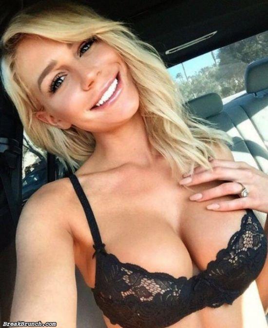 34 girls taking selfies inside their cars